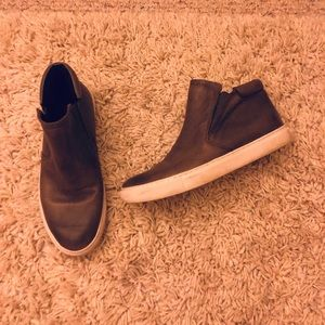 Kenneth Cole high top sneaker